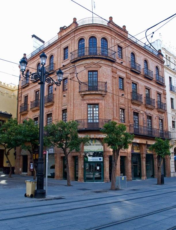 Information pratique s ville andalousie visiter l for Office du tourisme des yvelines