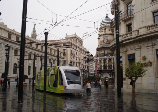 Transports-Le tramway  à Séville (Andalousie)